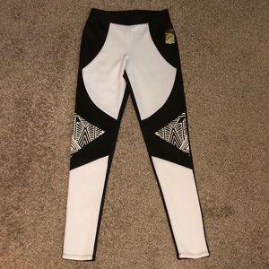 NWT Nicki Minaj black & white leggings size small